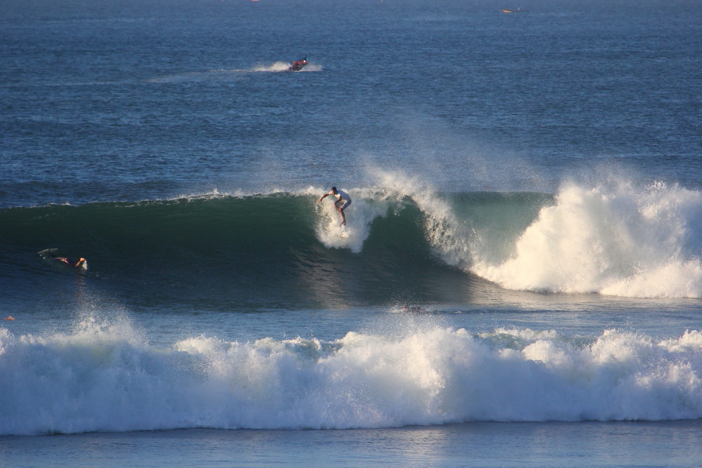 Waves at Las Flores in El Salvador